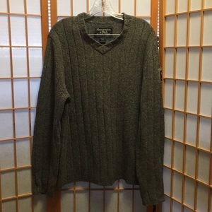 Abercrombie & Fitch Vneck Sweater